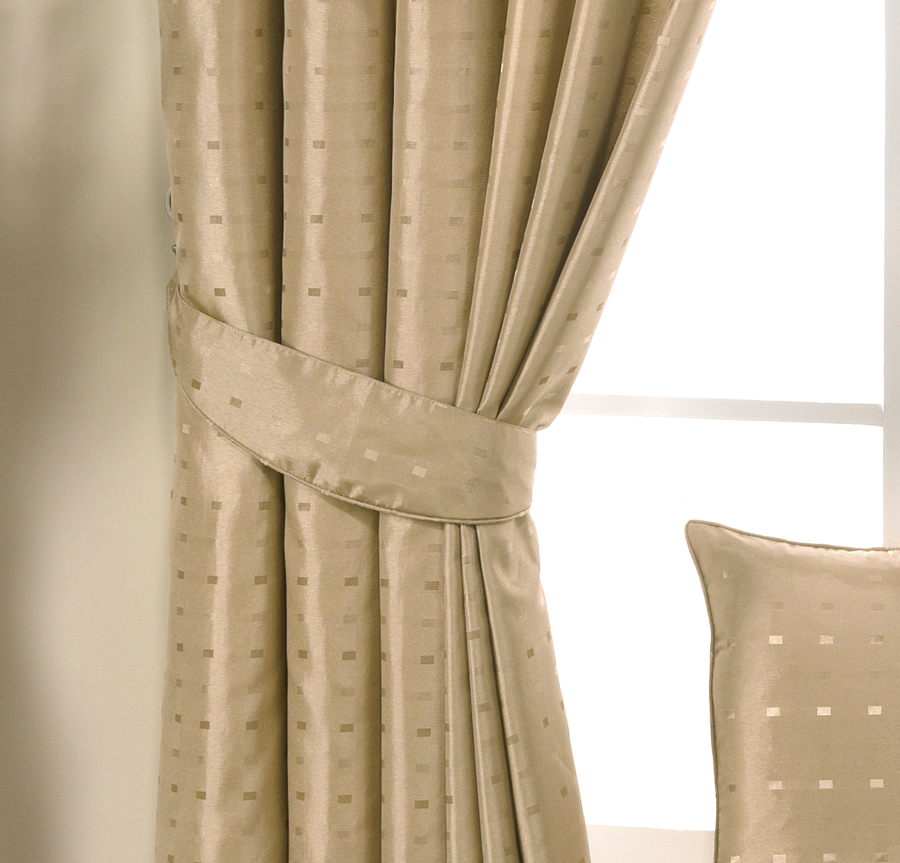 Bolton Blinds Cushion And Tiebacks For Your Home Bolton